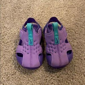 Nike infant sandals
